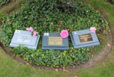 Greener memorial tablet
