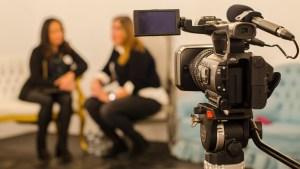 productora de vídeo en Alicante - por un lado agencia de publicidad - por otro lado producción audiovisual