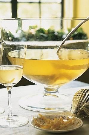 NYE_cocktails_lemondropchamperspunch
