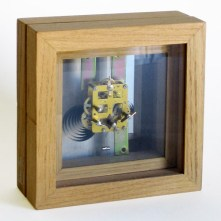 Reloj de mesa | 20 x 20 x 10 cm