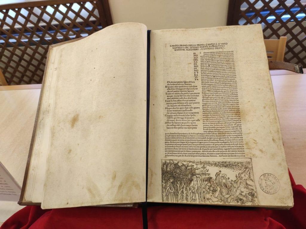 Sassari celebra Dante Alighieri con una Divina Commedia del 1400