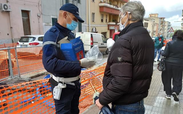 Consegna mascherine Sassari