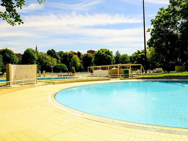 Domani riaprono le piscine allaperto del centro nuoto di Vignola  Modena 2000