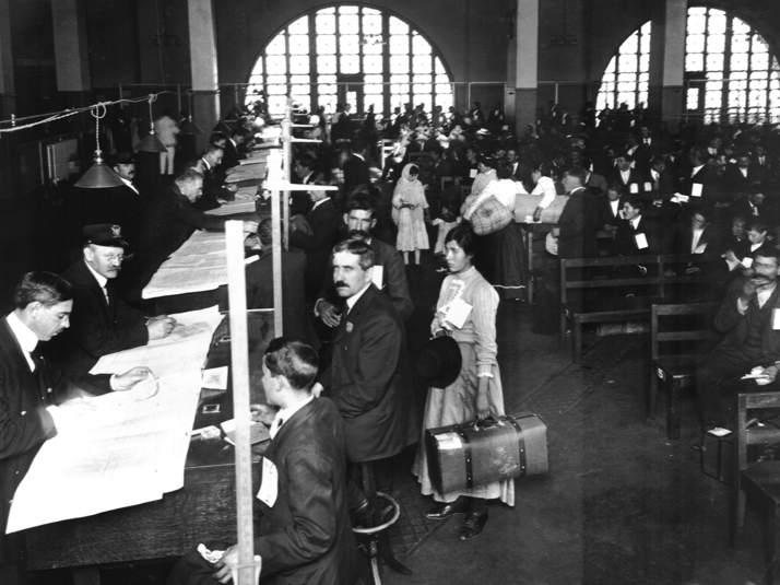 Inspectors Did Not Change Names at Ellis Island
