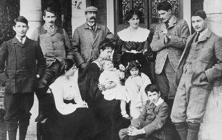 Queen Elizabeth's World War I Family Loss
