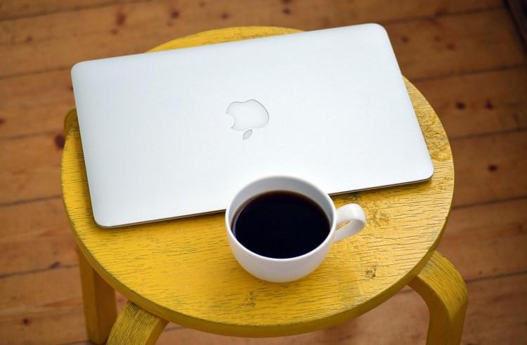 laptop-1367298_1280