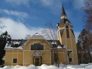 kirkko 013