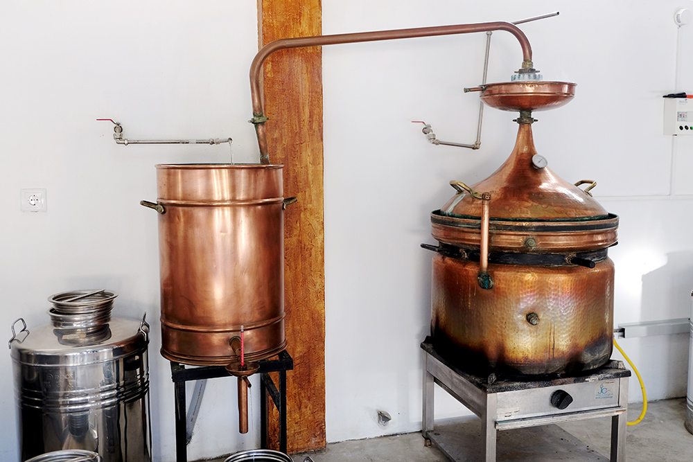 Black Pig Distillery Granny Pot Still
