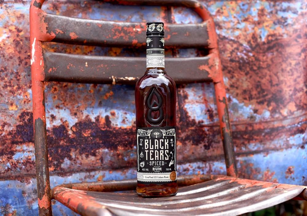 Black-Tears-Spiced-Rum-chair-rust-©SatedOnline