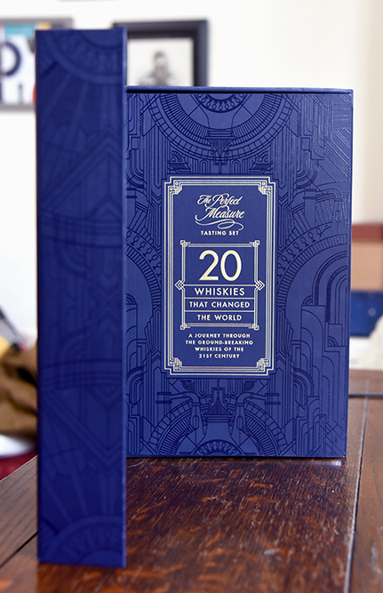 TWE 20 whiskies that changed the world box and book cover ©Satedonline