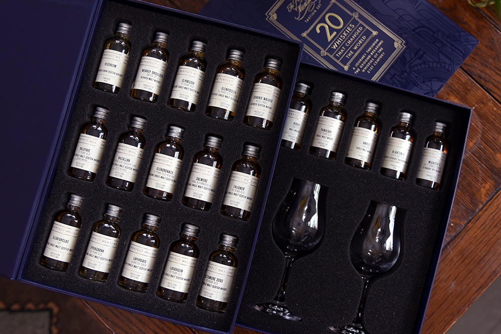 TWE 20 whiskies that changed the world open box with glasses ©Satedonline