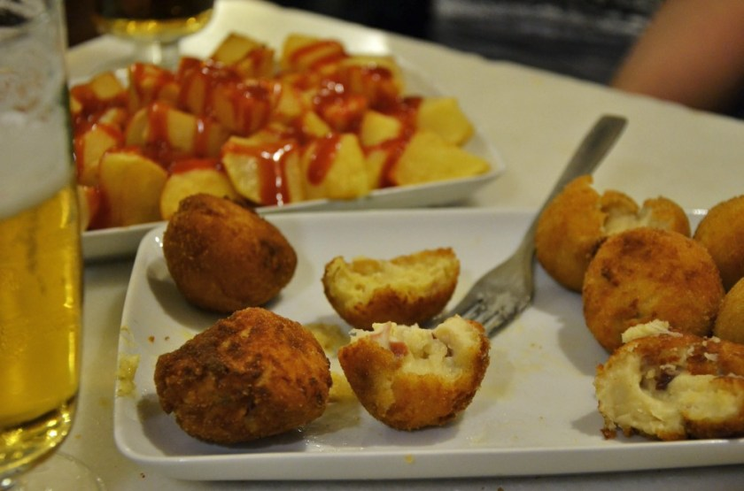 The best fried things to go with a drink in Madrid, Spain
