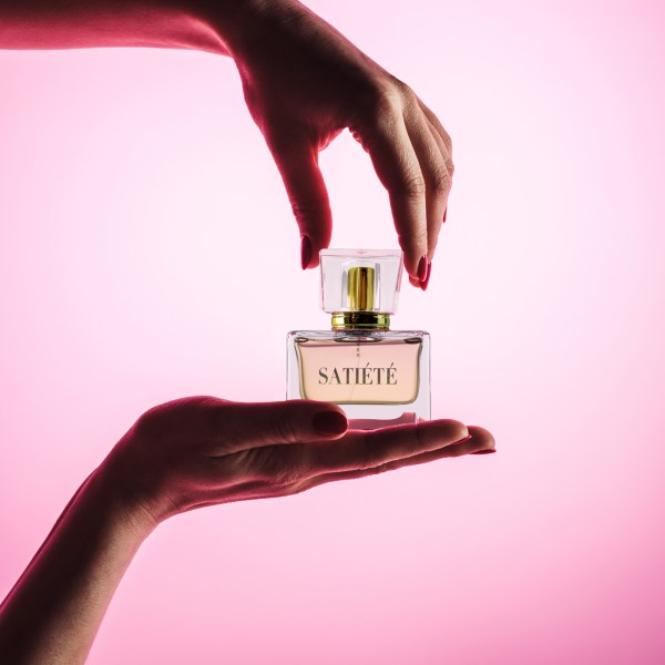 1000 x 1000 perfume shop 2