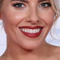 Mollie King 2019 National Television Awards 1