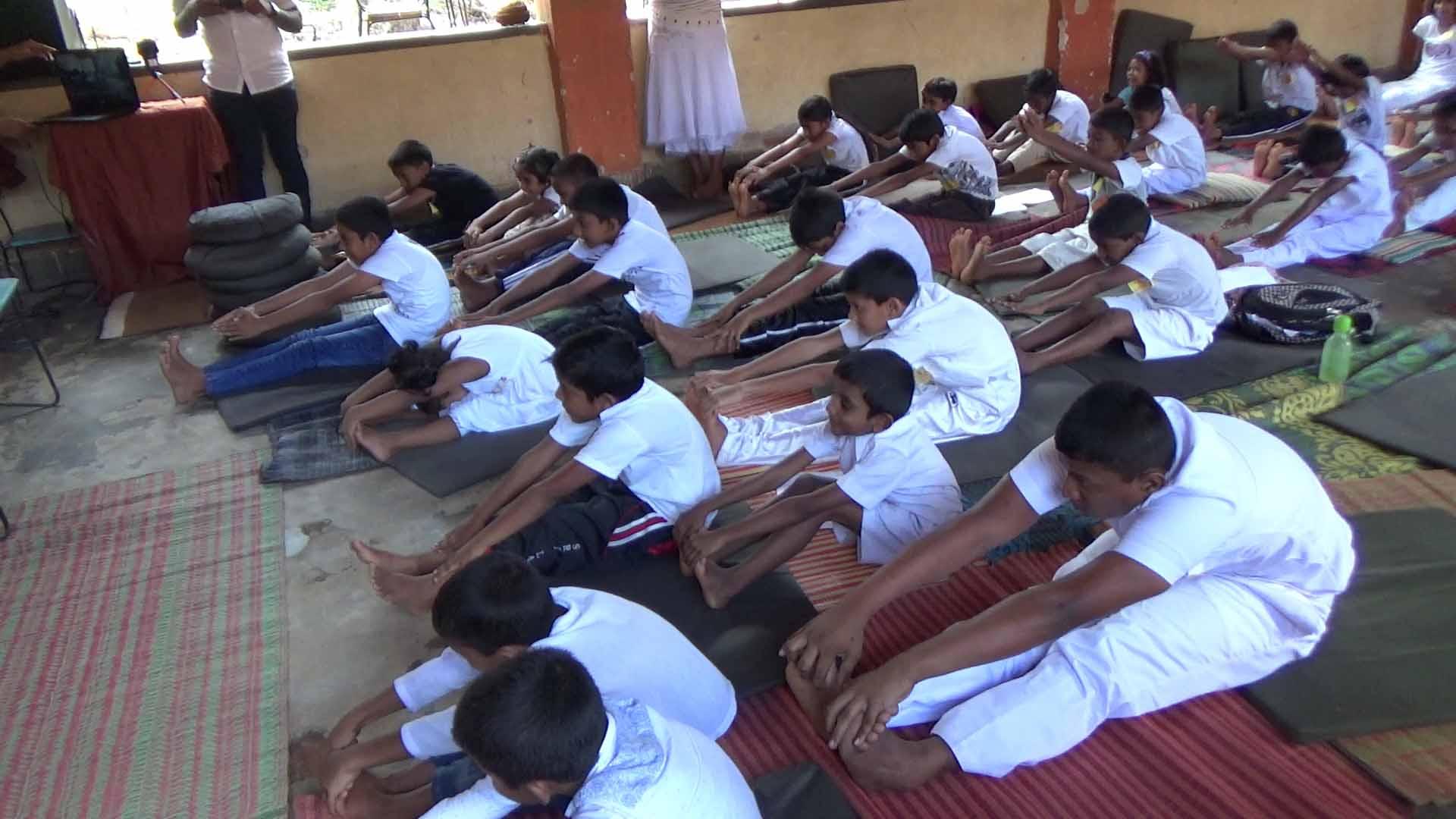 Sati Camp at Meethirigala Kanishta Vidyalaya-yoga session (8)