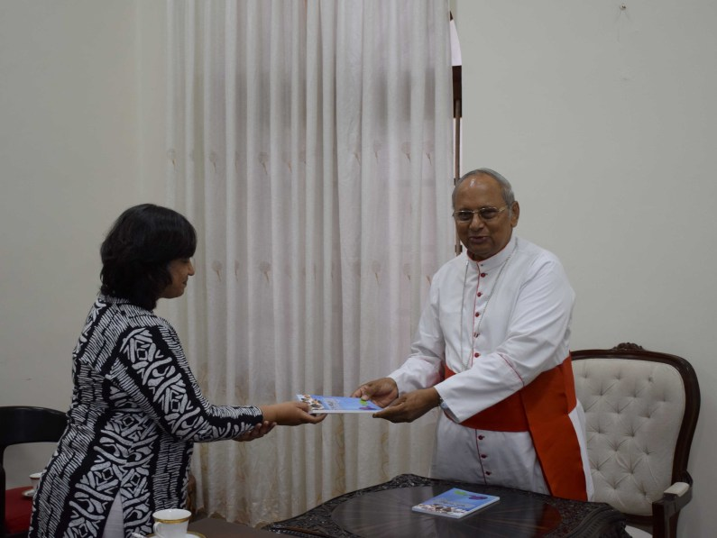 Sati Pasala presentation to His Eminence Cardinal Malcolm Ranjith