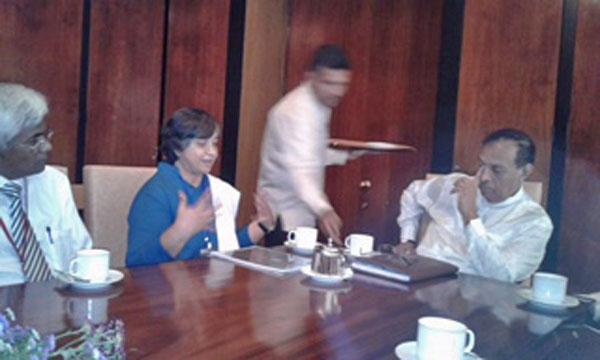 Sati Pasala - Mindfulness to the Sri Lankan Parliament 2