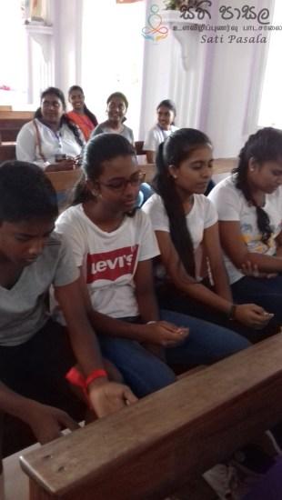 Sati Pasala Programme at Malwaththa Church, Negambo (17)