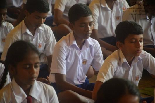 Thawalama Vidyaraja National School Grade 8 & 9 Students Practiced Mindfulness (32)