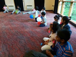 Sati Pasala -Dunedin -New Zealand has completed two years in September, 2018 (Baloon) (6)