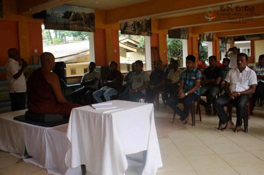 Sati Pasala Programme for Balangoda School Bus Drivers Association (3)