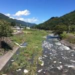 道の駅「どうし」に流れる川(下流側)