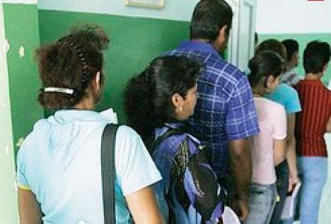 Şomerii care refuză locul de muncă oferit rămân fără indemnizaţie