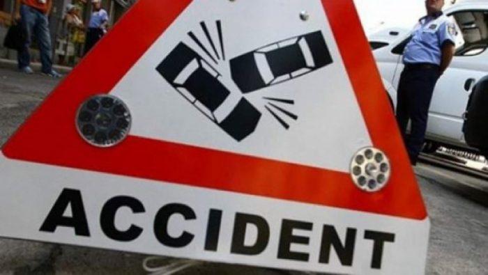 Un șofer beat a părăsit locul accidentului