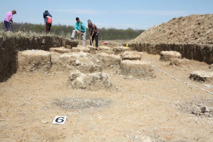 Centru metalurgic de pe vremea dacilor liberi, descoperit la Iojib (galerie foto)