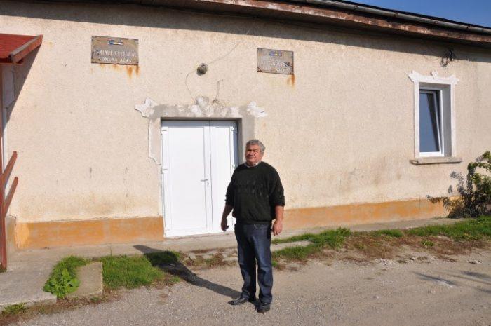 Consilierul Márti Sándor din Acâș îi indeamnă pe sătmăreni să îl voteze pe Tăriceanu