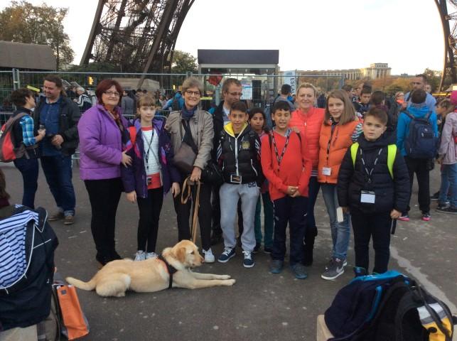 """Șase copii din Satu Mare au reprezentat România la proiectul """"Fraternity Cup"""", organizat la Paris"""