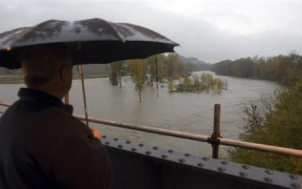 Cod galben de inundații în județ