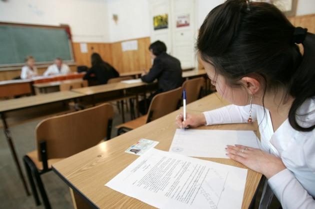 Candidații vor susține vineri ultimul examen din BAC-ul de toamnă