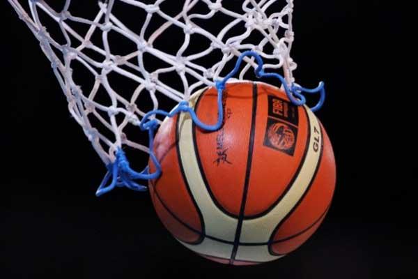 Baschet: CSM Satu Mare joaca acasa cu Olimpia Brasov