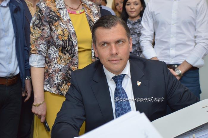 Adrian Ștef și-a depus candidatura la Primăria Satu Mare
