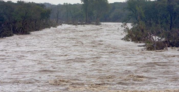 Vin inundațiile. Ce spun hidrologii