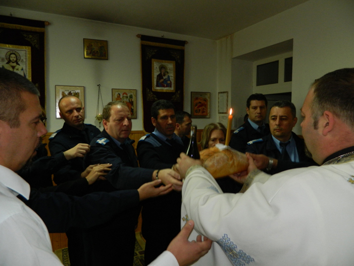 Sfinţii Arhangheli Mihail şi Gavriil, ocrotitorii spirituali ai Jandarmeriei