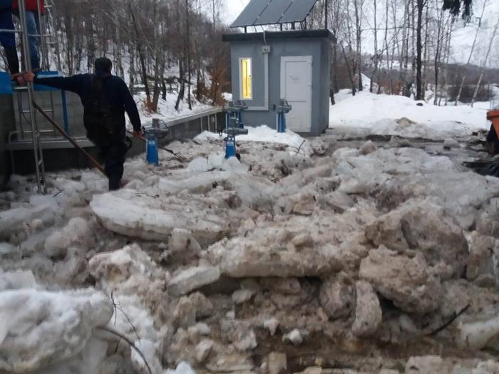 Probleme cu apa potabilă la Negrești-Oaș. Ce spun cei de la Apaserv