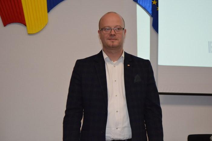 Primarul Kereskenyi Gabor susține protestele