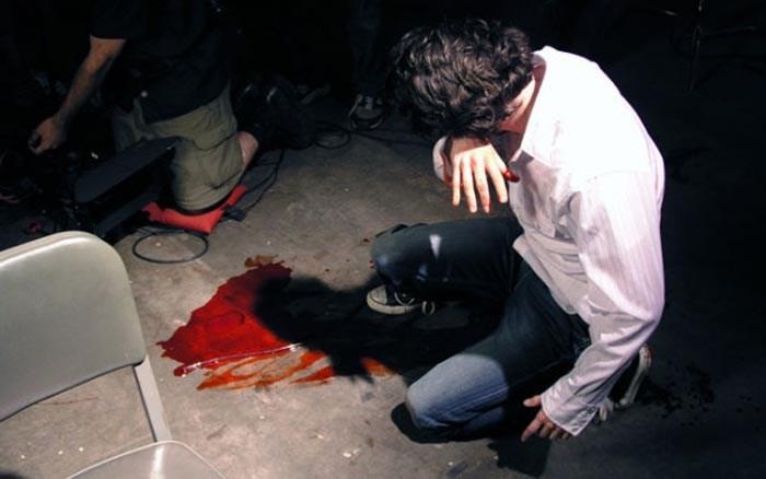 Scandal în Turulung. Patru indivizi au desfigurat un bărbat