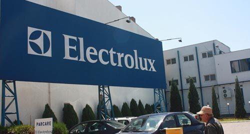 Electrolux ar putea să-și mute producția din Satu Mare. Ce spune Sorin Faur