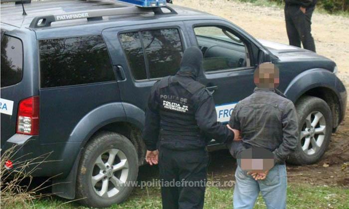 Hoț căutat de polițiști, depistat la Petea
