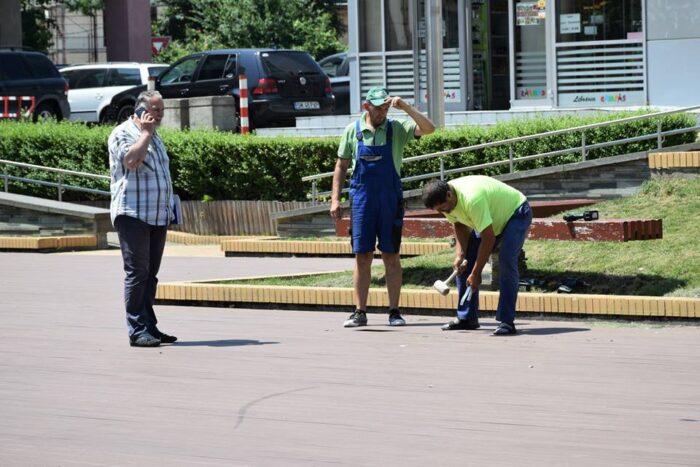 "Muncitorii au reparat ""groapa lui Gyuszi"". Ce spune Primaria (Foto)"
