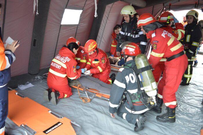 Pompierii te asteapta la Bursa locurilor de munca. Vezi cand