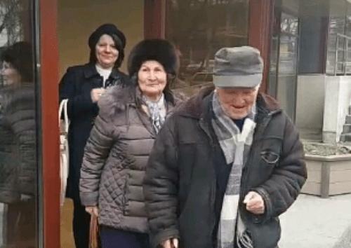 Mire la 80 de ani. S-a casatorit pentru prima data (Foto)