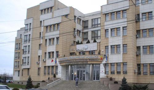 Angajații de la Finanțe și ANAF, salarii mărite cu încă 15%. Ministrul Teodorovici vine în weekend la Negrești Oaș