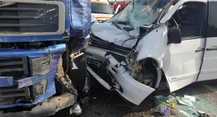 Accident grav la ieșirea din oraș spre Vetiș (foto)