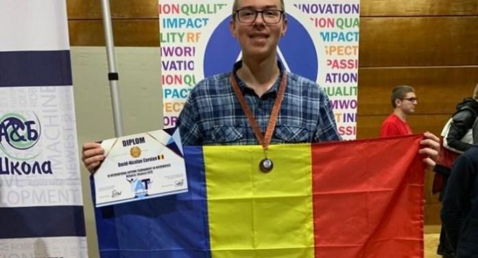 Bronz pentru olimpicul sătmărean David Coroian la Turneul Internațional de Informatică