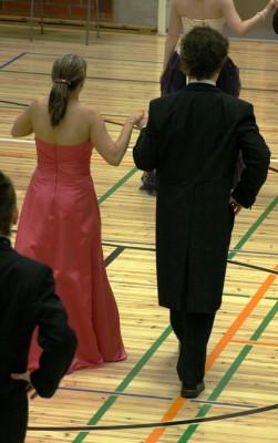 Kauniita olivat... tanssit ja nuoret!