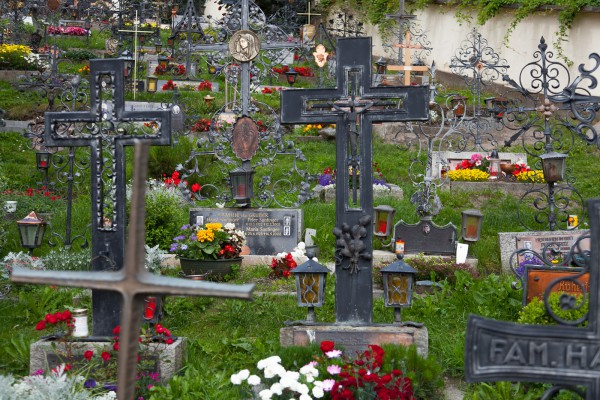 Heiligen Blut - hautausmaa-10